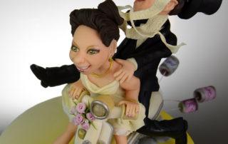 Vespabraut gibt Gas - Das Brautpaar auf der Vespa - Autragsarbeit für Hochzeittstorte
