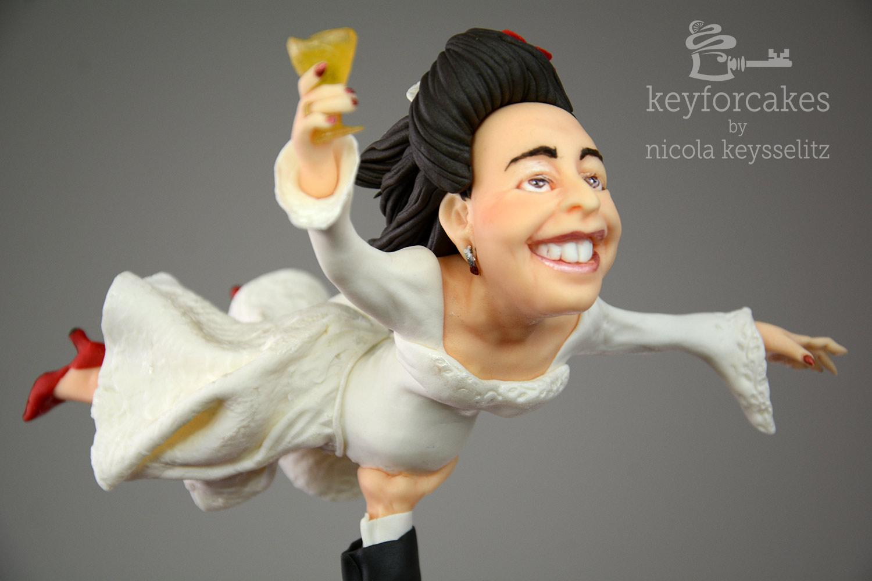 Die fliegende Braut - Tortentopper aus Fondant für Hochzeitstorte